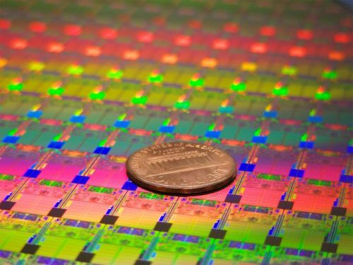 Intel Further Boosts CapEx to Meet Demand for 14nm Chips