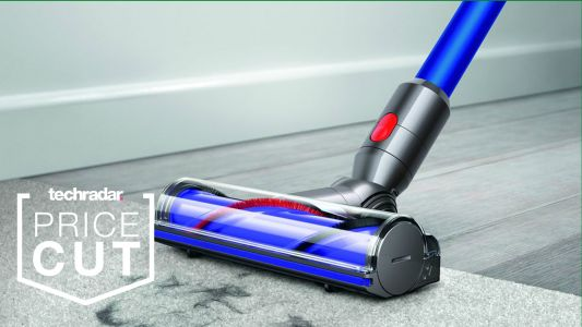 Dyson deals at Walmart: save $100 on the Dyson V7 Vacuum during Cyber Week