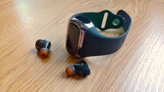 These true wireless earbuds in a fitness watch don't meet their 2-in-1 promise