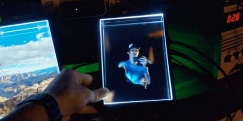 Looking Glass Portrait could put a holographic 3D screen on every desk