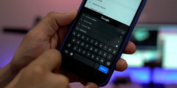 Gboard for iOS adds built-in GIF creator tool featuring Motion Stills integration