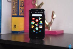 Palm basic Android smartphone ready for pre-order
