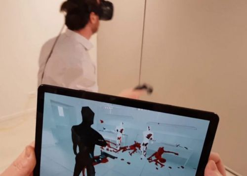 ViewR virtual reality viewer lets you watch VR action remotely