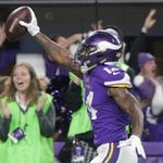 Following shocking finish, Apple Watch warns several Vikings fans about their heart