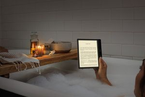 Amazon launches new Kindle Oasis e-reader with color adjustable front light
