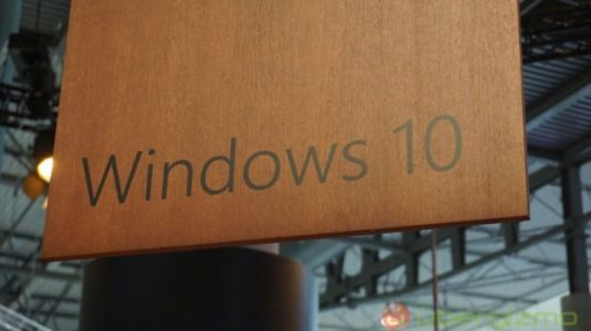 Major Windows 10 Update Delayed Due To Blue Screen Of Death Issues