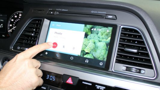 Android Auto finally supports wireless, as long as you've got the right phone