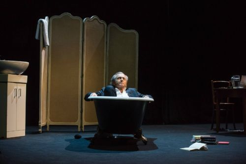 In Brilliant New Play, Bernard-Henri Lévy Takes On the Follies of Brexit