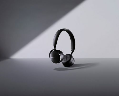 Samsung & AKG Launch Three New Studio-Quality Wireless Headphones