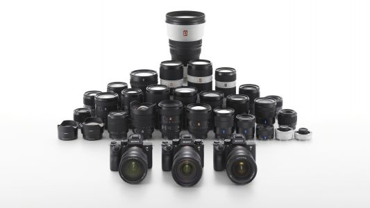 Sony to launch 12 more lenses in 2019
