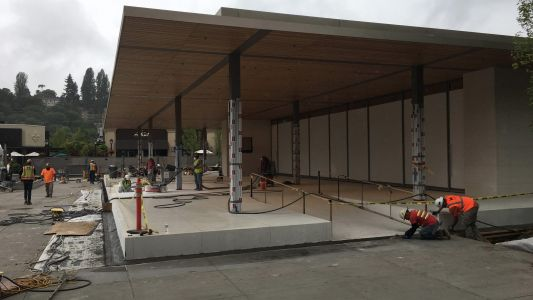 Photos and videos show impressive new Apple store in Seattle's University Village nearing completion