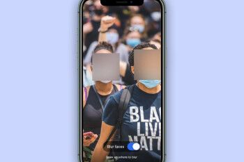 New Signal feature blurs out people's faces on photographs