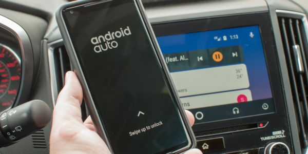 Android Auto is adding a 'swipe up to lock' gesture that lets you use your phone while connected