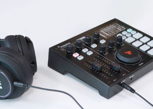 Portable production studio with multichannel mixer, pre-amp, voice FX, battery and more