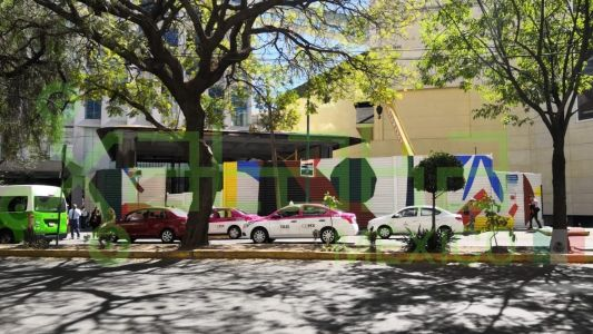 Construction of Apple's second store in Mexico pictured at Antara Fashion Hall shopping center