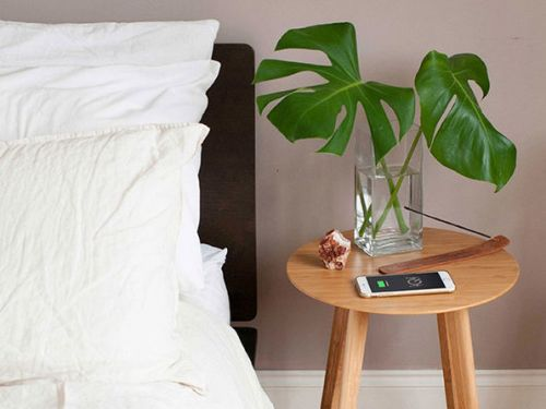 Deals: FurniQi Bamboo Wireless Charging Side Table