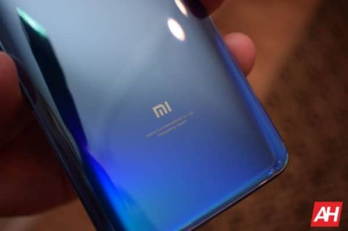 First Foldable Smartphone From Xiaomi To Be Outfolding; Odd Name Tipped