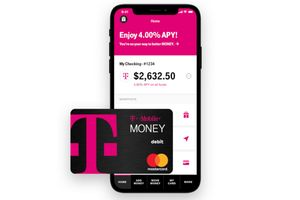 T-Mobile introduces its no-fee banking service