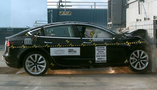 Tesla Model 3 earns five-star NHTSA crash rating