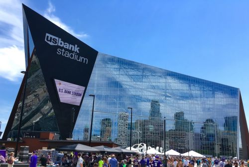 AT&T, Verizon, and T-Mobile Tout Boosted Cellular Capacity Across Twin Cities in Anticipation of Super Bowl LII