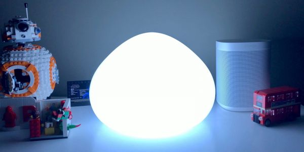 Review: Philips Hue Wellner is a HomeKit table lamp with a fun design, but color costs extra