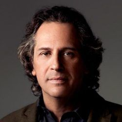 Showrunner Jason Katims Leaves Universal TV to Develop Content for Apple