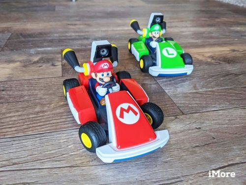 Racing is more fun when you go up against a buddy in Mario Kart Live
