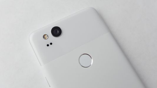 Google Pixel 3 renders show both models in black and white