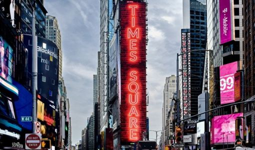 Samsung installs massive LED display in Times Square