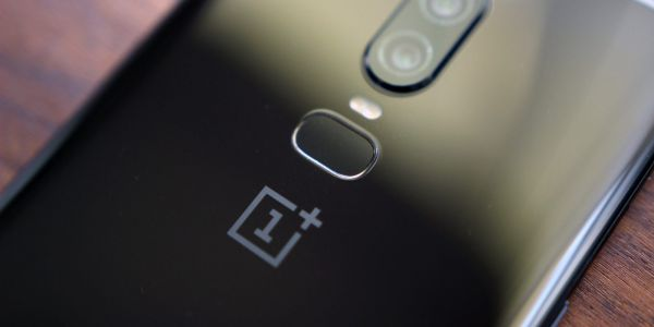 OnePlus plans to launch a 'premium' TV w/ AI, built-in camera, could launch in 2019