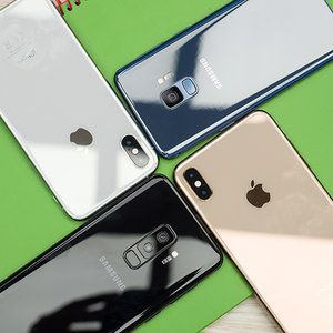 Apple iPhone XS / Max vs Samsung Galaxy S9 / S9+