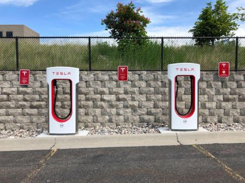 Tesla Patents New Long-Lasting Battery With Reduced Costs