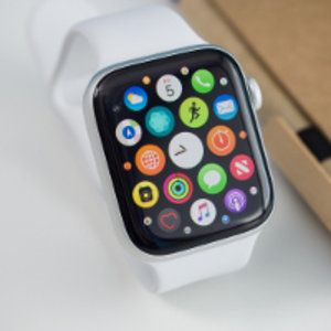 Apple stops WatchOS 5.1 update rollout following reports of bricked Apple Watch devices
