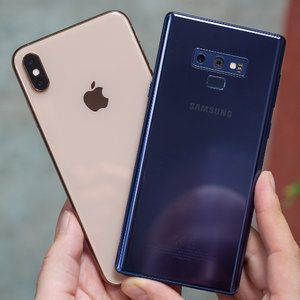 Android vs iPhone: what phone do you have right now, and do you intend to switch to the other?