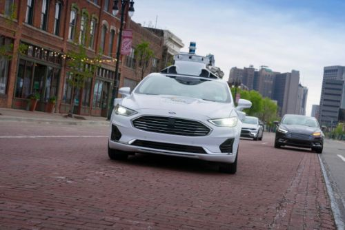 VW invests $2.6 billion in Argo AI as part of self-driving vehicle alliance with Ford