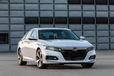10th Generation 2018 Honda Accord Gets Official