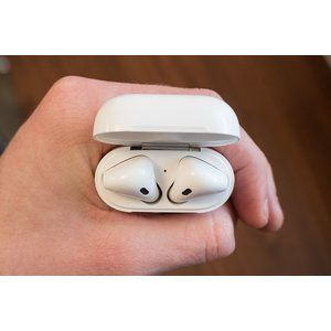 Scientists sign petition saying that AirPods can cause cancer