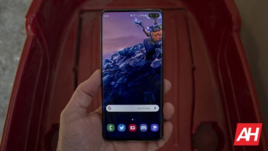 Save $300 On The Unlocked Galaxy S10+ In This One-Day Sale