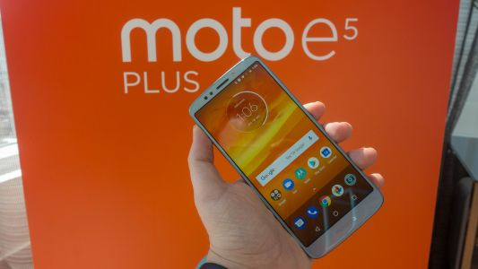 Moto E5 Plus touts massive 5,000mAh battery and 6-inch screen