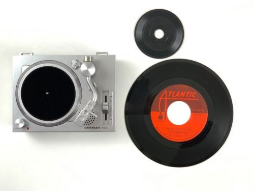 The possible, curious comeback of 3-inch vinyl records