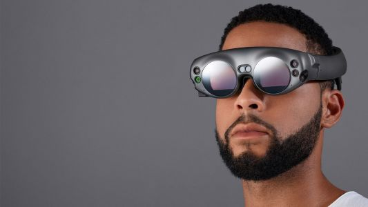 Magic Leap mixed reality headset will finally go on sale this summer
