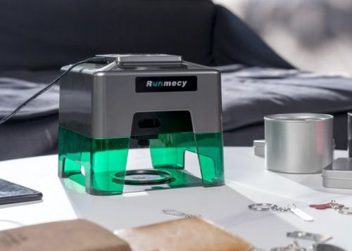 Runmecy 5w desktop laser engraver from $299