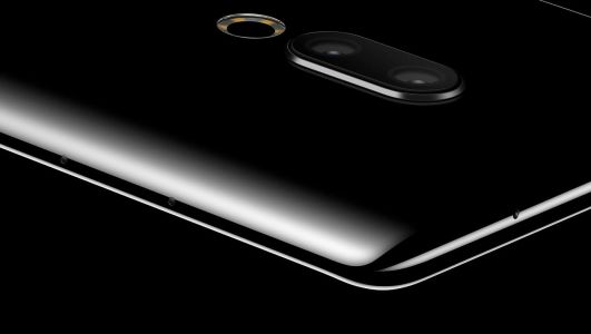 "Meizu Forgot To Add Holes & Ports To Its ""Zero"" Smartphone"