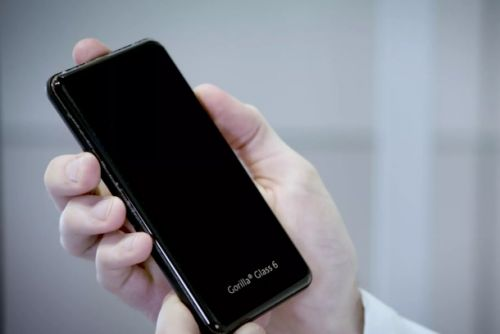 This year's iPhones might be the most durable yet, all thanks to Corning's new Gorilla Glass