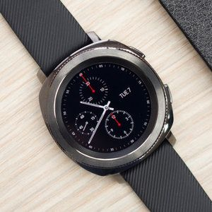Deal: Save $100 on the Samsung Gear S3 and Gear Sport