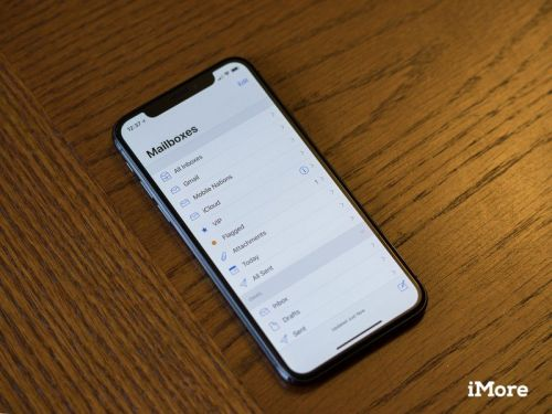 Restarting iPhone removes default mail and browser choices on iOS 14