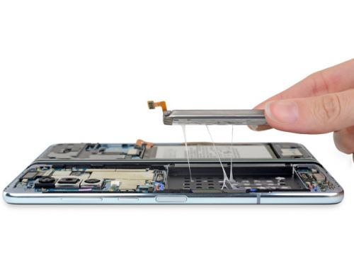 IFixit teardown reveals the fragile internals of the Galaxy Fold