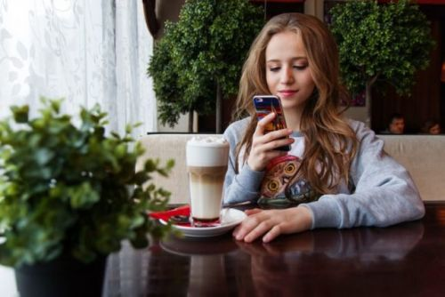 Study Finds We Check Our Phones At Least 52 Times A Day