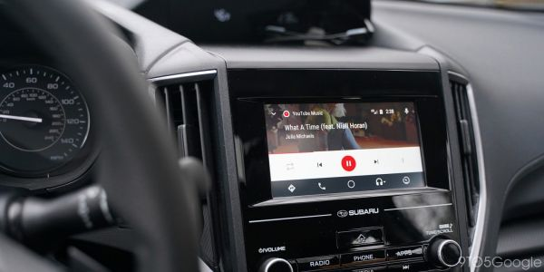 Galaxy S10 owners report Android Auto issues as One UI forces constant night mode in the car