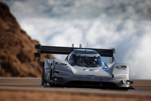 7:57:148-Volkswagen makes racing history with record-breaking electric race car